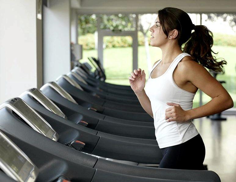 Как сбросить вес на беговой дорожке идти еще пять минут