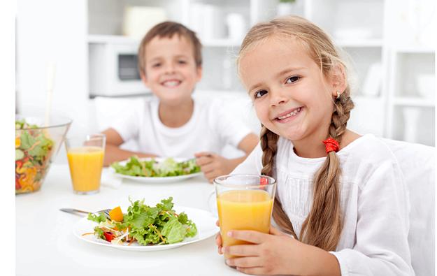 Правильное питание для детей За столом нужно