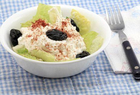 Правильное питание при запорах овощей, овощного салата, творога или