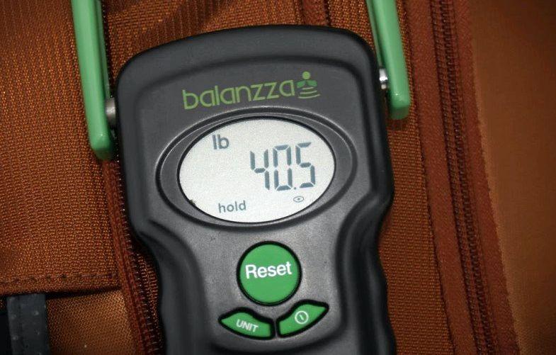Сколько стоит лишний вес багажа в самолете США, Канады, БСВ, Африки, Украины