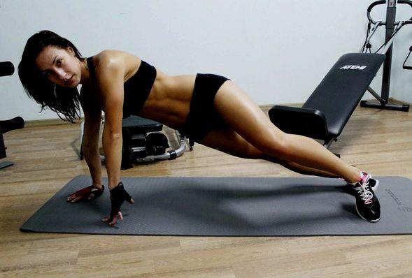 Тренировка на сжигание жира для женщин На силовых тренировках между